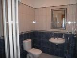 Třílůžkový apartmán - koupelna